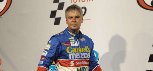Rafael Martínez obtiene tercer lugar en Súper V8
