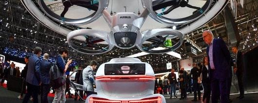 Los coches voladores intentan despegar en el Salón del Automóvil de Ginebra