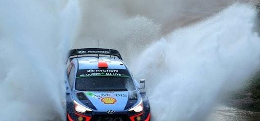 Loeb remonta posiciones y presiona a Sordo en el Rally de México