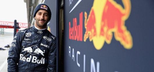 Ricciardo, el más rápido en el primer entrenamiento en Baréin